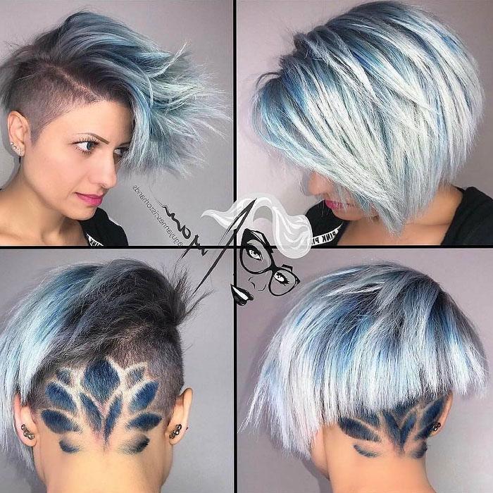 5-Hellblaues-kurzes-Haar-des-Blumenmusters
