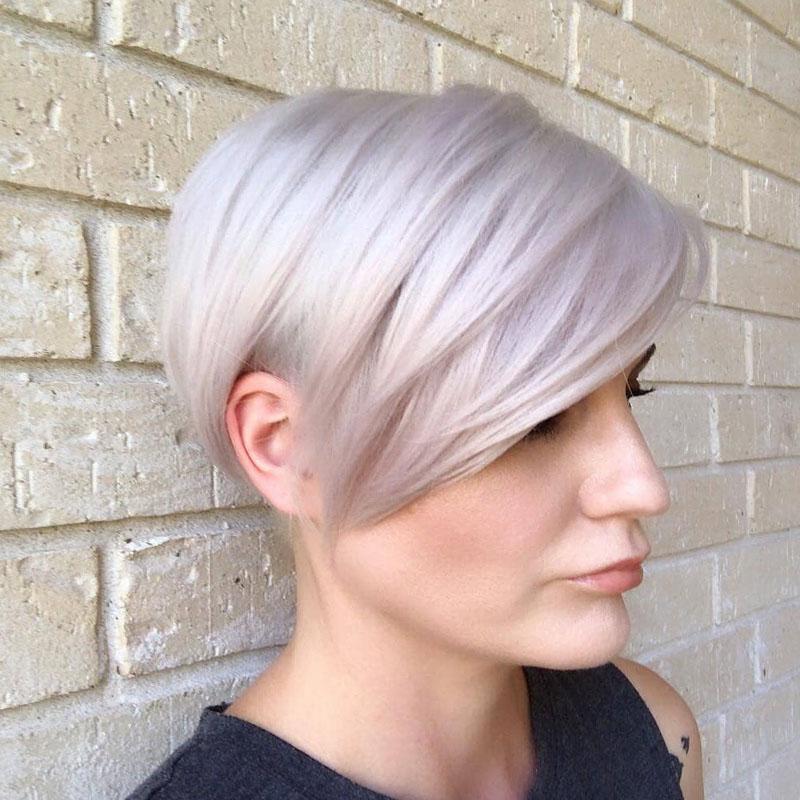 6-gerade-kurz-grau-haare