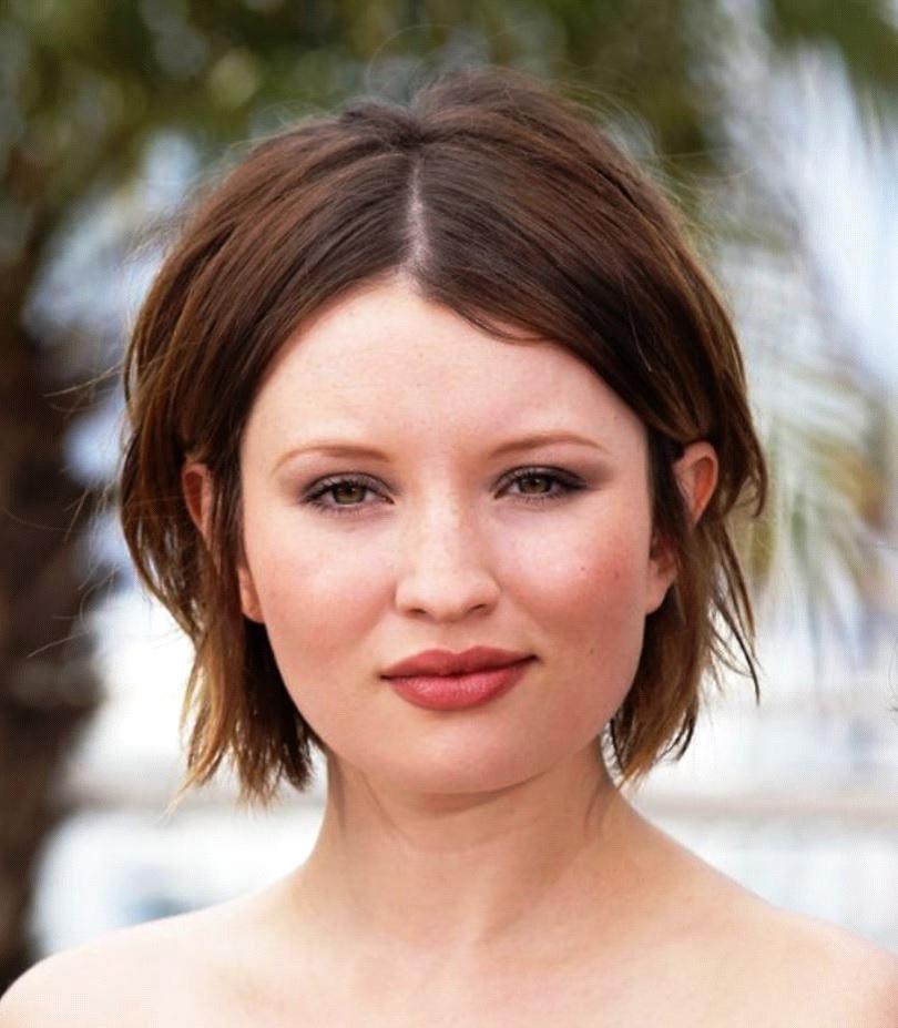 Kurze-Frisur-nach-ovalem-Gesichtstyp