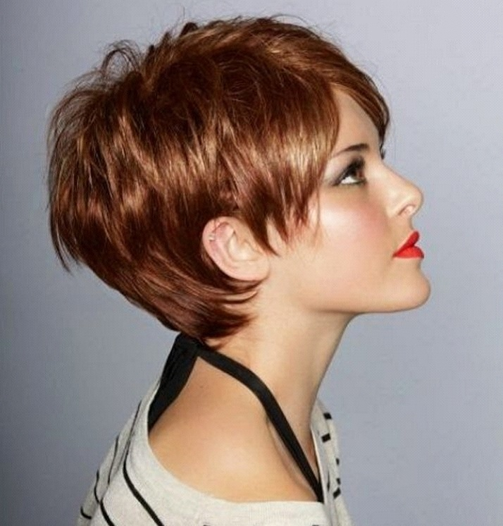Kurze-rote-Haarmodelle