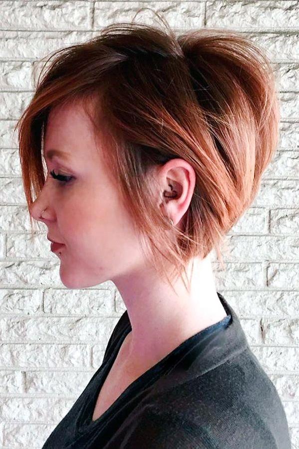 Kurzer-geschichteter-Haarschnitt