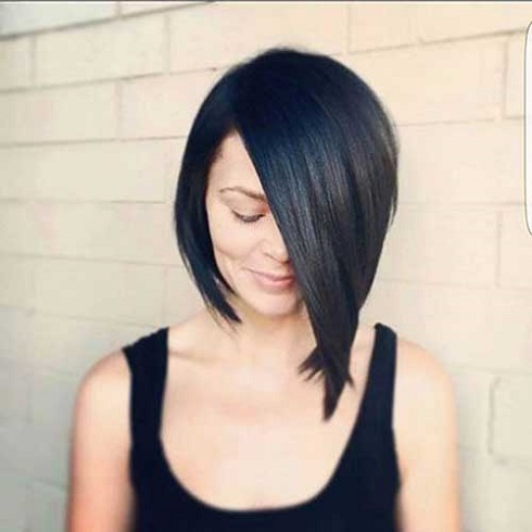 Asymmetrical-Bob-Haircut